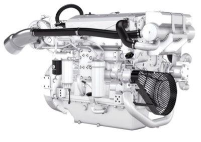 John Deere 6135    Vermogen   317 – 559 pk   Toerental   1800 – 2200 rpm   Configuratie   6 in-lijn, 4 takt diesel  Aanzuiging   Turbocharged, Aftercooled