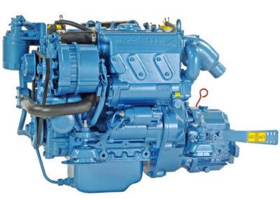 Nanni Diesel N3.21  Power | 21 Hp (15.4 kW)   RPM | 3600 rpm   Configuration | 3 In-line, 4 takt Diesel  Suction | Atmospheric