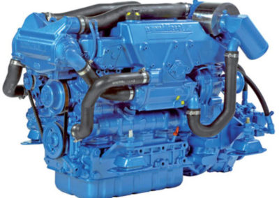 Nanni Diesel N4.100  Power | 100 Hp (73.6 kW)   RPM | 2800 rpm   Configuration | 4 In-line, 4 takt Diesel  Suction | Turbocharged, Aftercooled