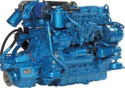 Nanni Diesel N4.85  Power | 85 Hp (62.5 kW)   RPM | 2800 rpm   Configuration | 4 In-line, 4 takt Diesel  Suction | Turbocharged